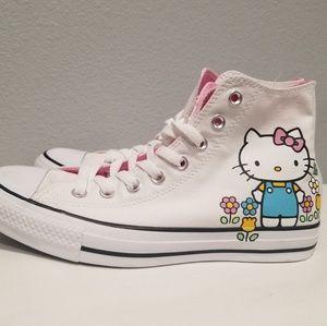 Converse x Hello Kitty Chuck Taylor All Star 9.5